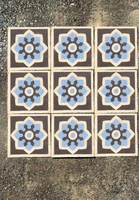 Carreaux de ciment anciens bleu et gris