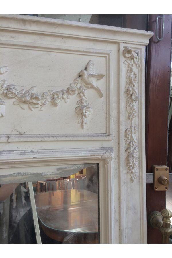 le charme du crillon avec ce magnfique trumeau ancien en bois pri mat. Black Bedroom Furniture Sets. Home Design Ideas